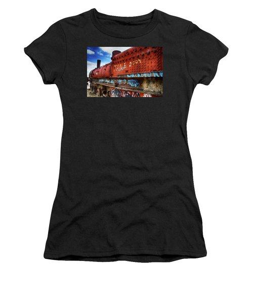 Train Graveyard Uyuni Bolivia 17 Women's T-Shirt (Athletic Fit)