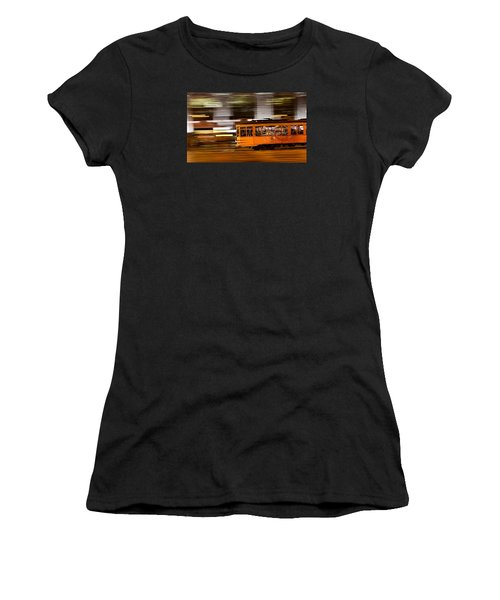 Trolley 1856 On The Move Women's T-Shirt (Athletic Fit)