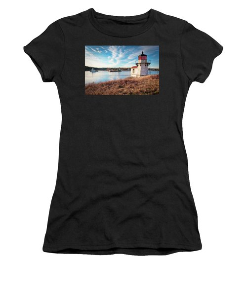 Tugboat, Squirrel Point Lighthouse Women's T-Shirt