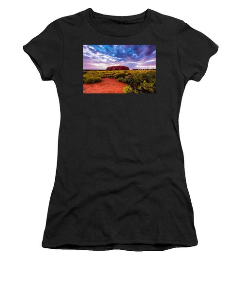 Uluru Women's T-Shirt (Athletic Fit)
