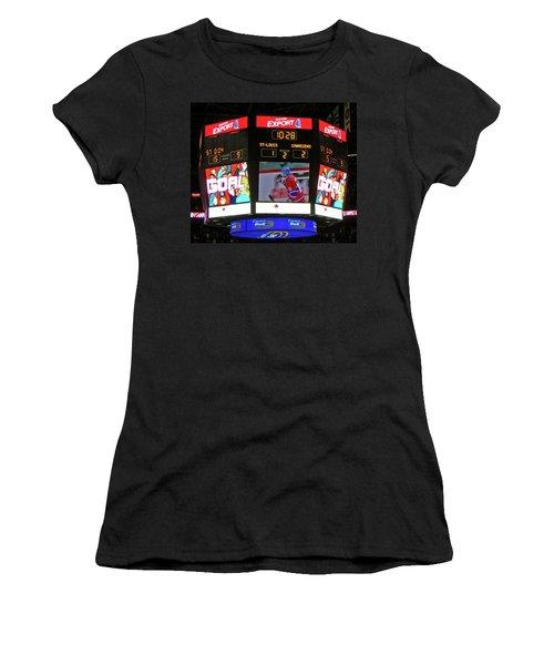Un But De Saku Koivu ... Women's T-Shirt