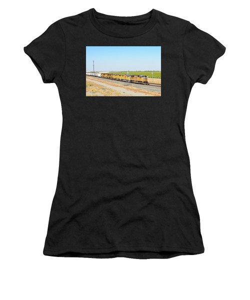 Up4912 Women's T-Shirt