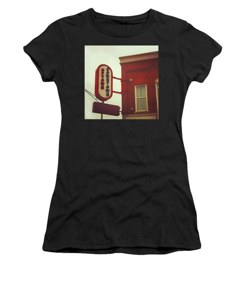 Uptown Downtown  Women's T-Shirt