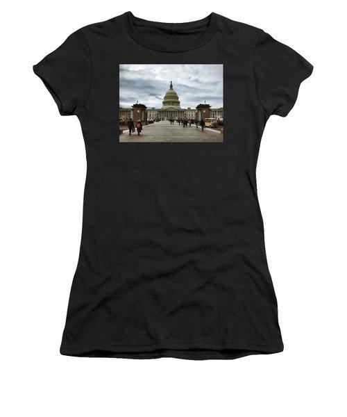 U.s. Capitol Building Women's T-Shirt