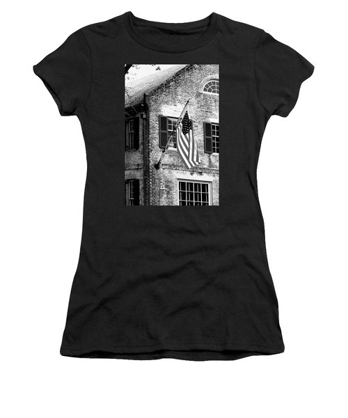 Us Flag In Colonial Williamsbug Women's T-Shirt