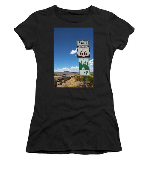 Us Route 66 Sign Arizona Women's T-Shirt (Athletic Fit)