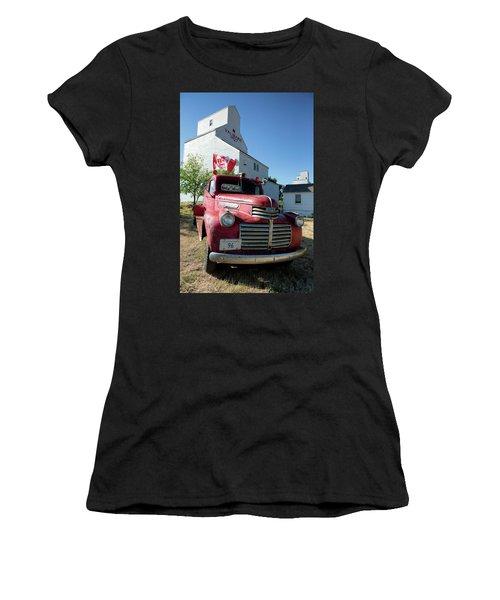 Val Marie, Sk Women's T-Shirt