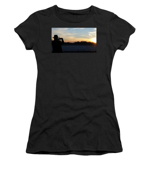 Valentines Sunrise Women's T-Shirt (Athletic Fit)
