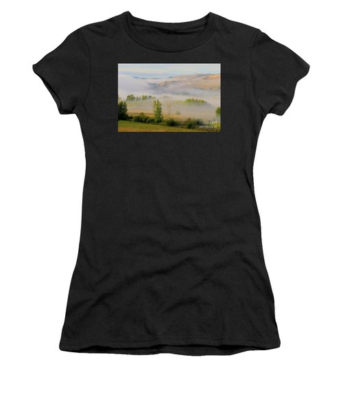 Valley Blanket Women's T-Shirt (Athletic Fit)