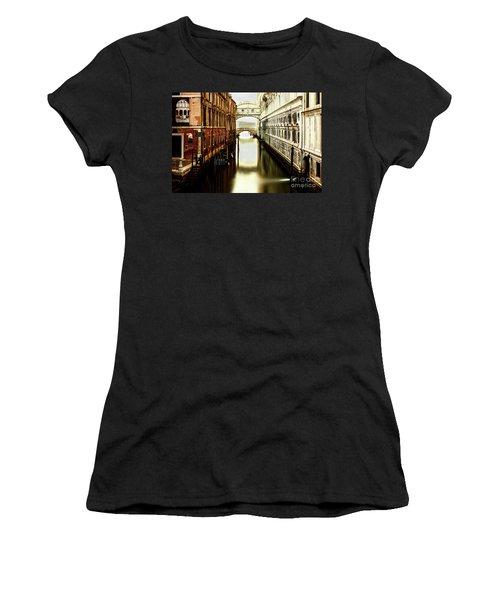 Venice Bridge Of Sighs Women's T-Shirt (Athletic Fit)