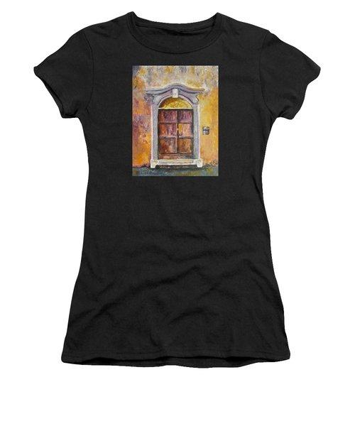 Venice Door Women's T-Shirt (Athletic Fit)