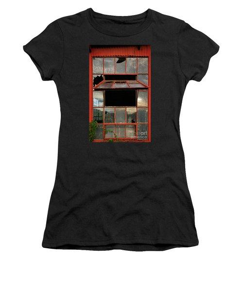 Ventanas Women's T-Shirt