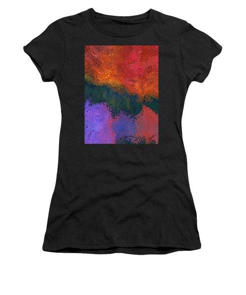 Verge 2 Women's T-Shirt (Athletic Fit)