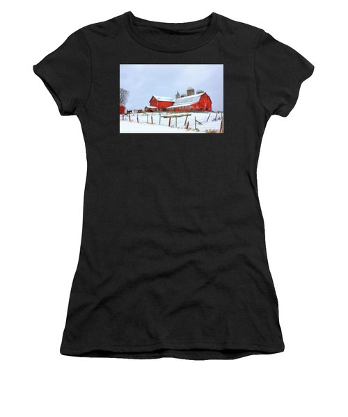 Vermont Barn Women's T-Shirt (Athletic Fit)