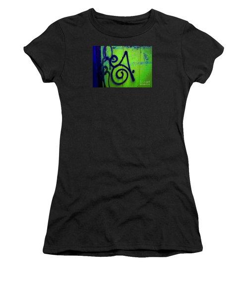 Vibrant City Women's T-Shirt (Athletic Fit)