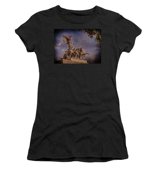 London, England - Victory Women's T-Shirt