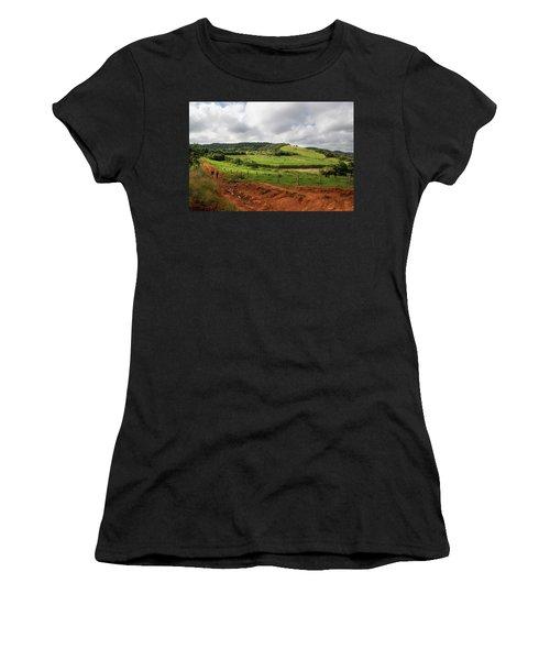 Vinales Valley Women's T-Shirt (Athletic Fit)
