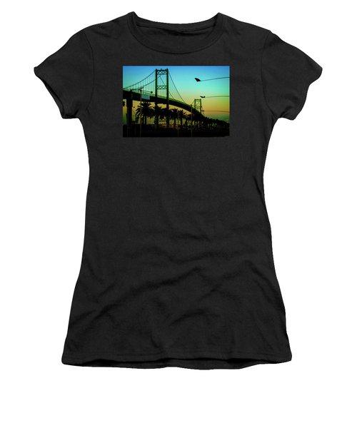 Vincent Thomas Bridge Women's T-Shirt (Athletic Fit)