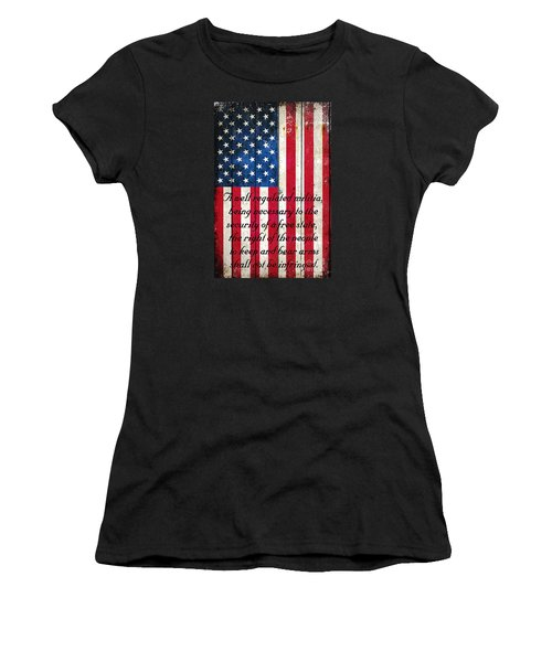 Vintage American Flag And 2nd Amendment On Old Wood Planks Women's T-Shirt