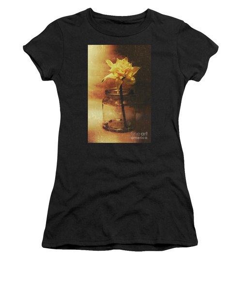 Vintage Daffodil Flower Art Women's T-Shirt
