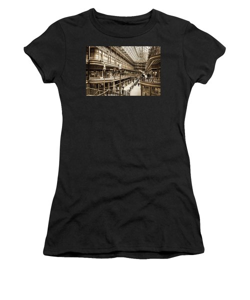 Vintage Old Arcade Women's T-Shirt