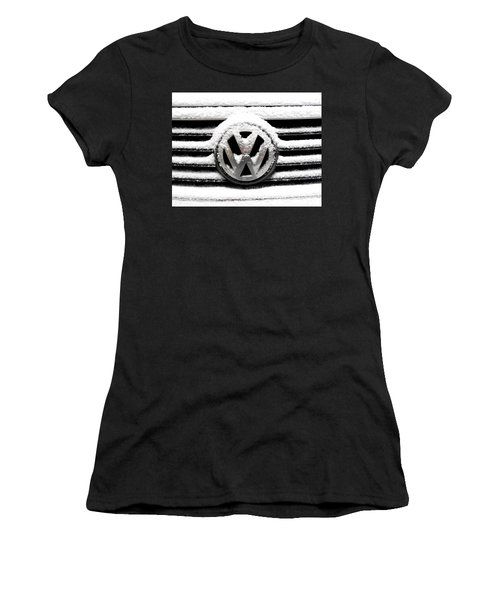 Volkswagen Symbol Under The Snow Women's T-Shirt (Athletic Fit)