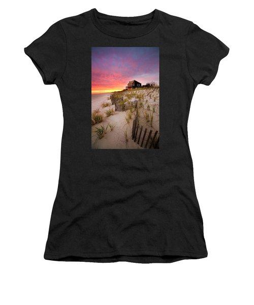 Wainscott Sunset Women's T-Shirt (Athletic Fit)