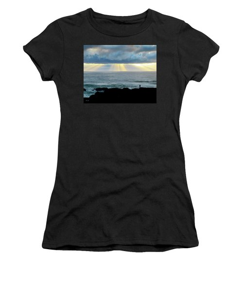 Waiting For The Rain. Women's T-Shirt (Athletic Fit)
