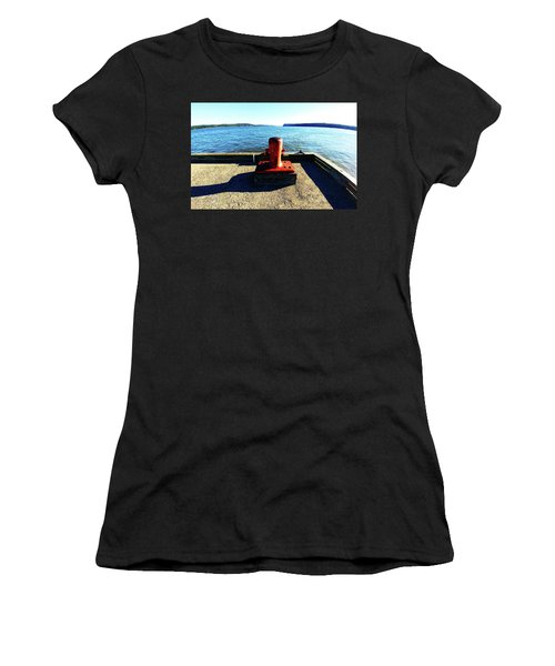 Waiting For The Ship To Come In. Women's T-Shirt (Athletic Fit)