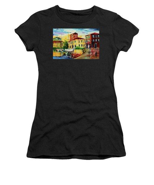 Walking The Harbor Women's T-Shirt