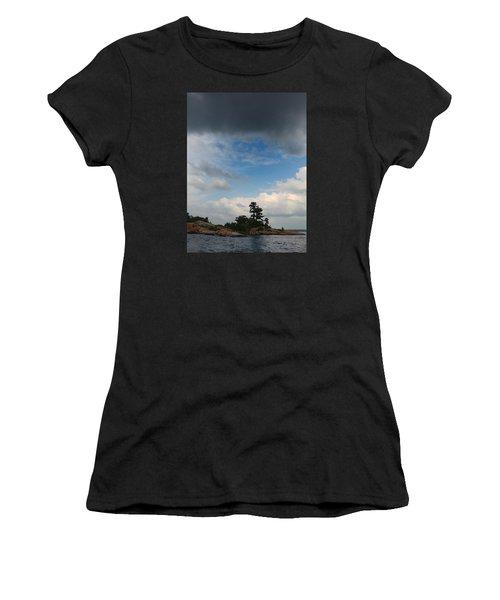 Wall Island 3623 Dramatic Sky Women's T-Shirt