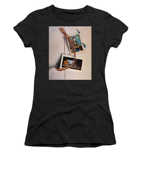 Wall Study Women's T-Shirt
