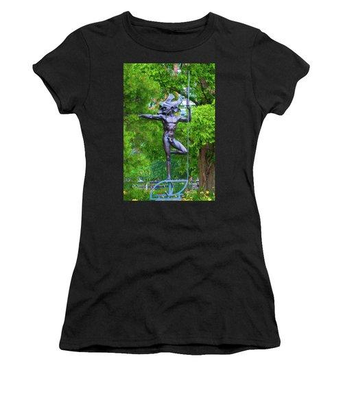 Warrior Guarding Battery Park Women's T-Shirt
