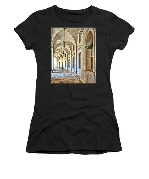 Washington D.c. Architecture Women's T-Shirt (Athletic Fit)