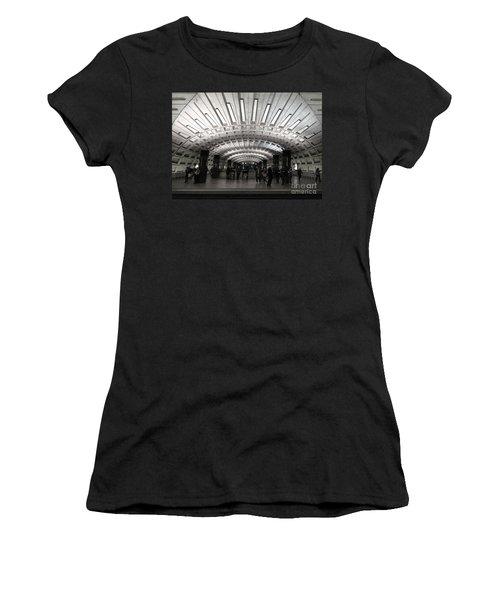 Washington Dc Metro Metro Center Stop Women's T-Shirt