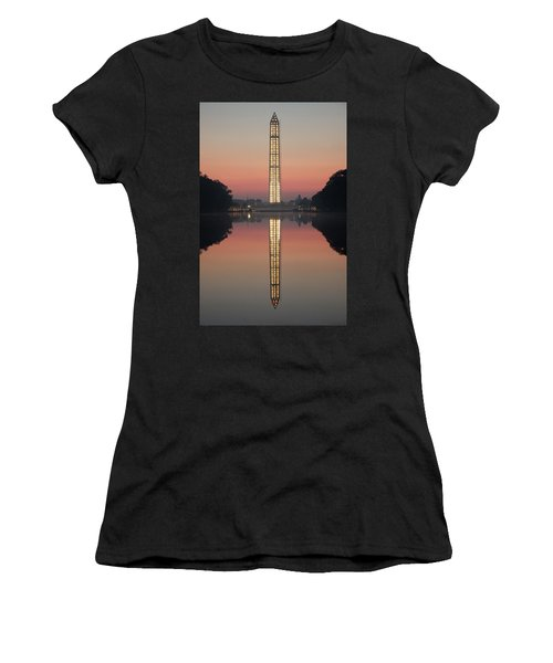 Washington Monument At Dawn Women's T-Shirt