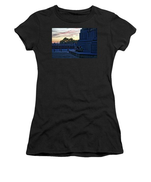 Watching The Sunset Women's T-Shirt (Athletic Fit)