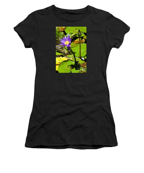 Water Lily 6 Women's T-Shirt (Athletic Fit)