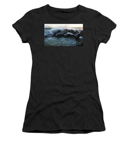 Wave Crashes Rocks 7959 Women's T-Shirt