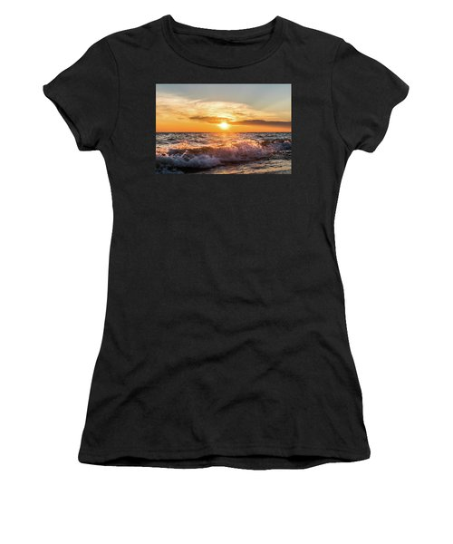 Waves Crashing With Suset Women's T-Shirt