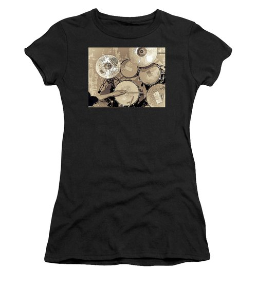 Well Worn - Women's T-Shirt
