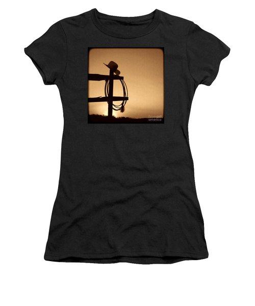 Western Sunset Women's T-Shirt