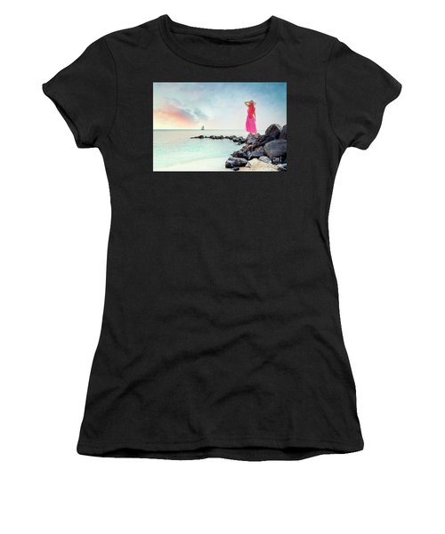 When My Dreamboat Comes Home Women's T-Shirt