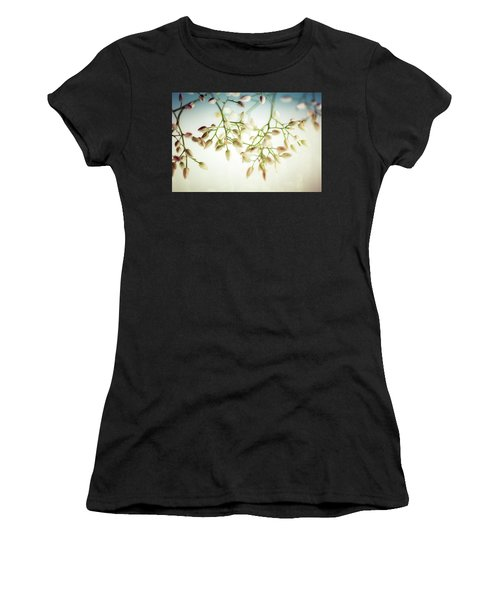 White Flowers Women's T-Shirt (Athletic Fit)
