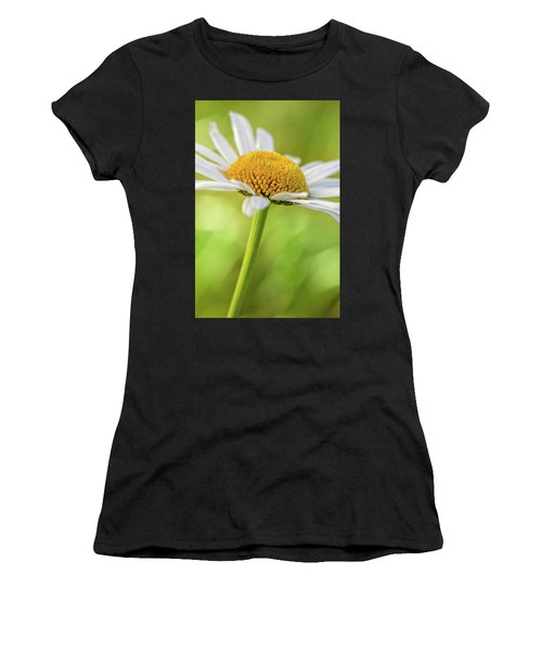 Wild Daisy Women's T-Shirt (Athletic Fit)