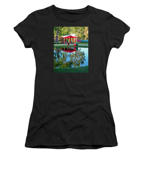 Wilderness Canoe Women's T-Shirt (Athletic Fit)