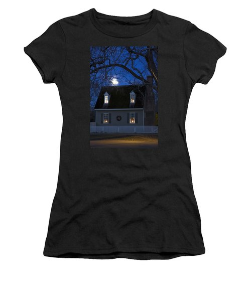 Williamsburg House In Moonlight Women's T-Shirt (Athletic Fit)