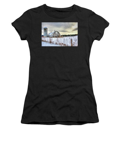 Winter Days In Vermont Women's T-Shirt (Athletic Fit)