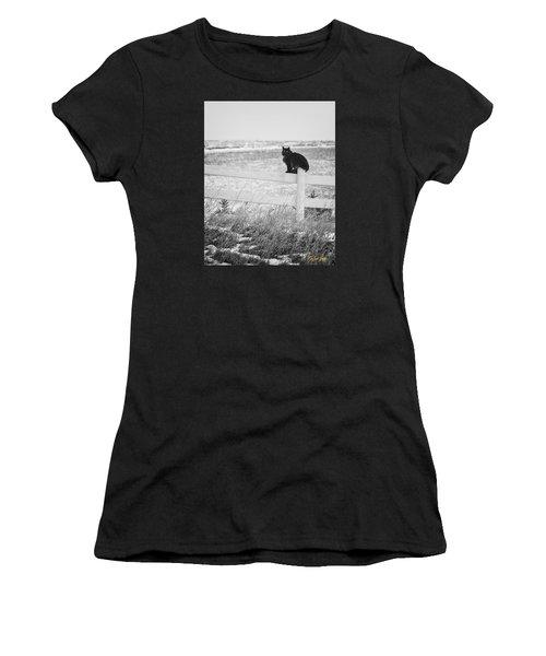 Winter's Stalker Women's T-Shirt