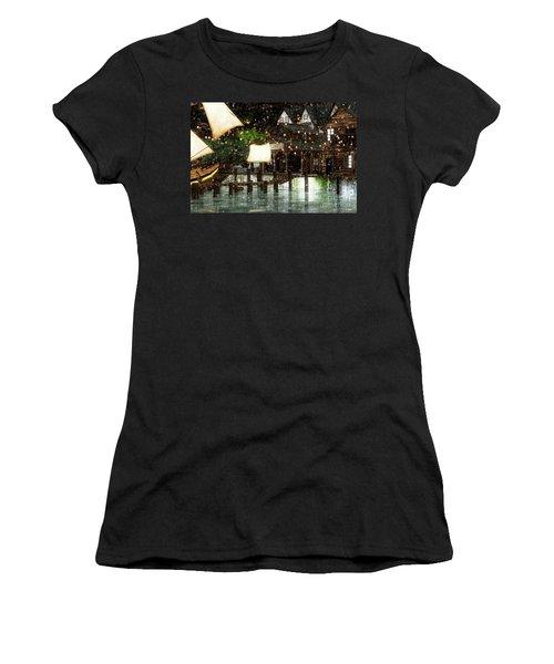 Wintery Inn Women's T-Shirt